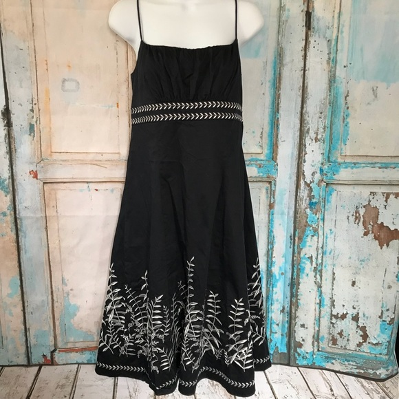 Ann Taylor Dresses & Skirts - Ann Taylor Dress Embroidered Spring Summet